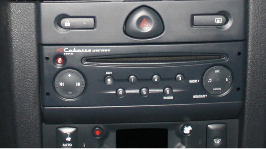 autoradio renault clio 2
