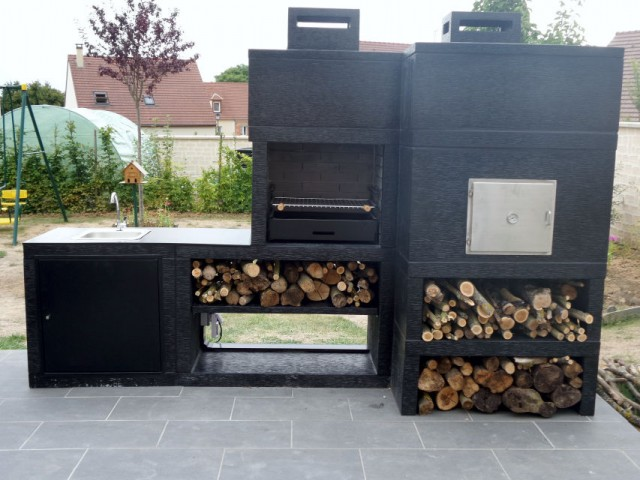 barbecue four a pizza moderne