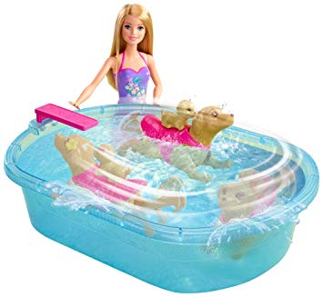 barbie piscine chien